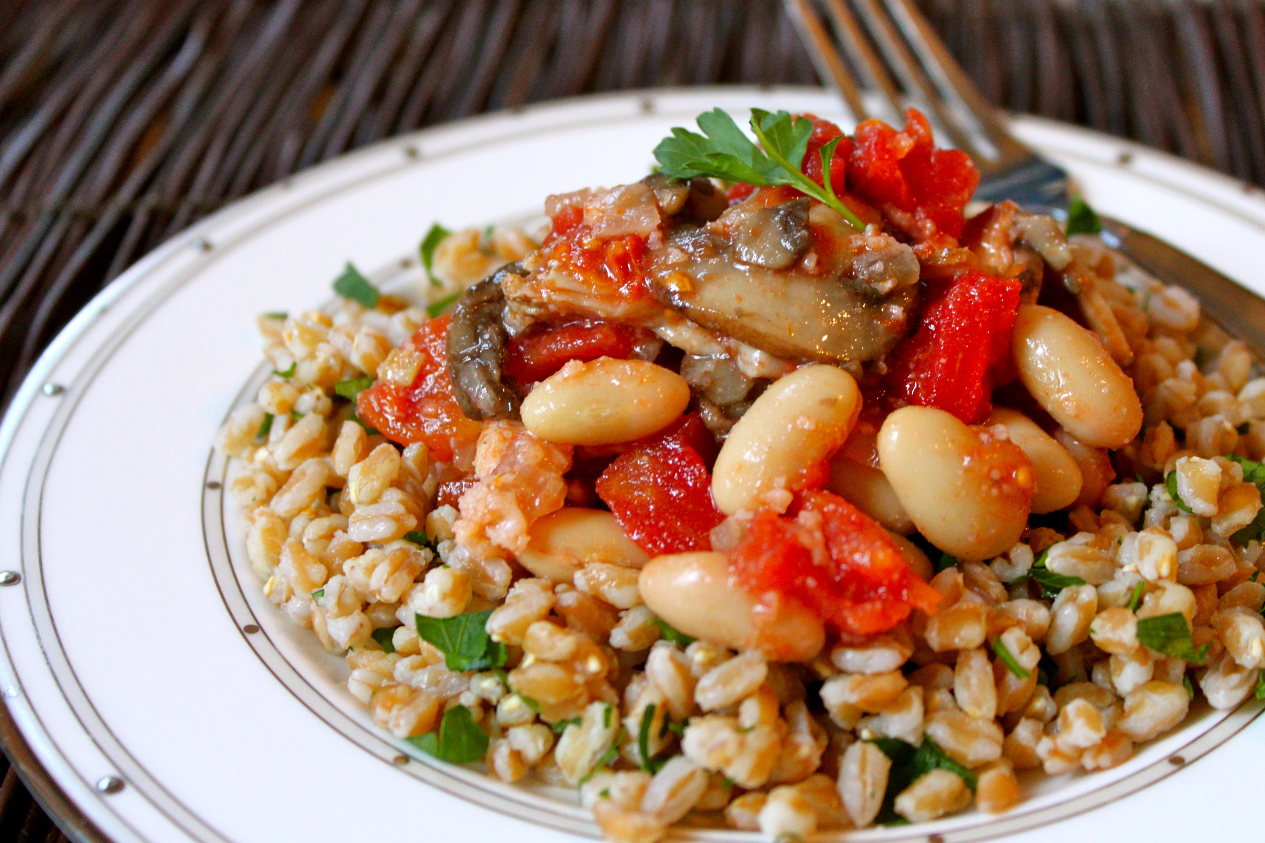 Mushroom, Bacon & White Bean Stew with Farro – Ramshackle Glam