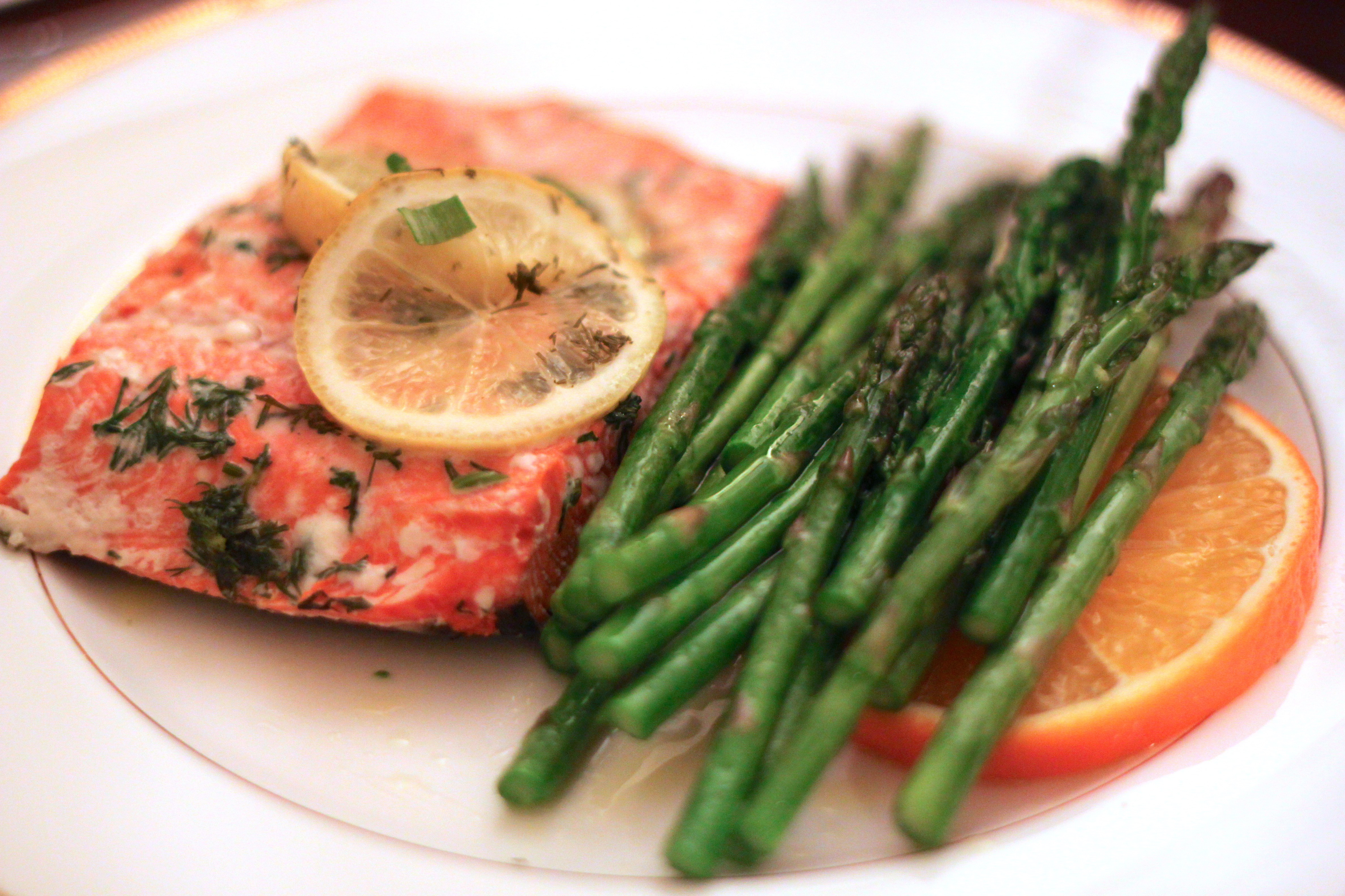 Salmon Baked In Foil With Lemon And Dill